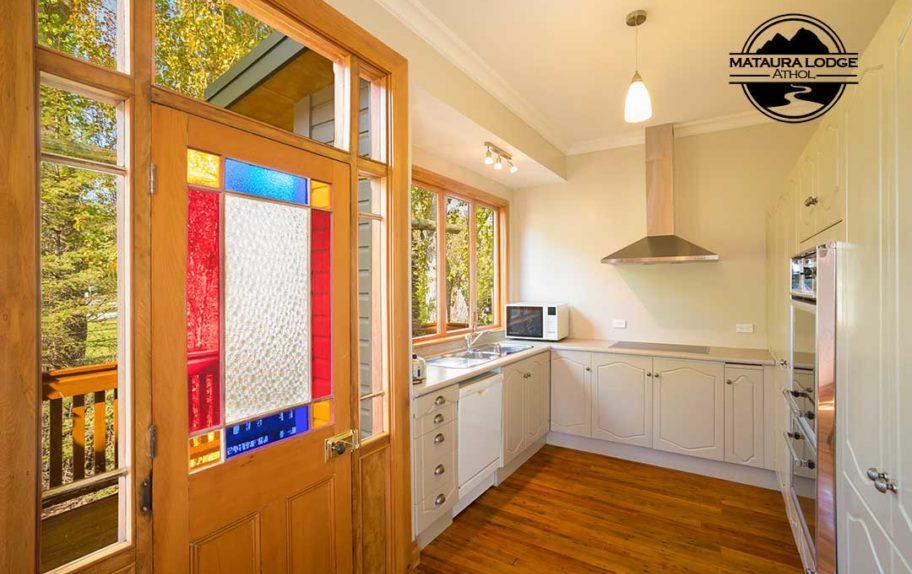 Athol Accommodation - Kitchen