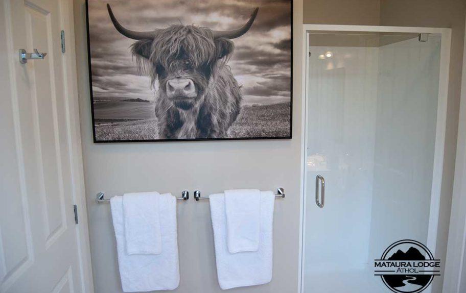 Mataura Lodge Athol King Suite Bathroom