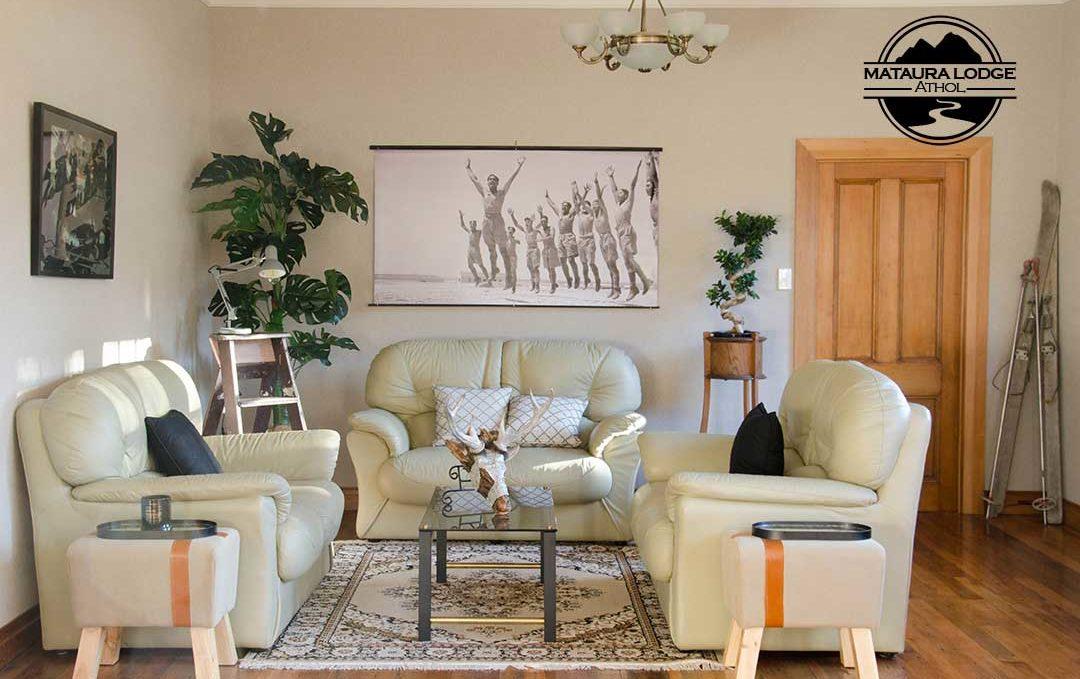 Athol Accomdation - Mataura Lodge Living Room